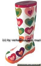 Spardose Stiefel Herzendekor weiß/ bunt Keramik mit Spardosenschloss Maße ca.: H= 25 cm
